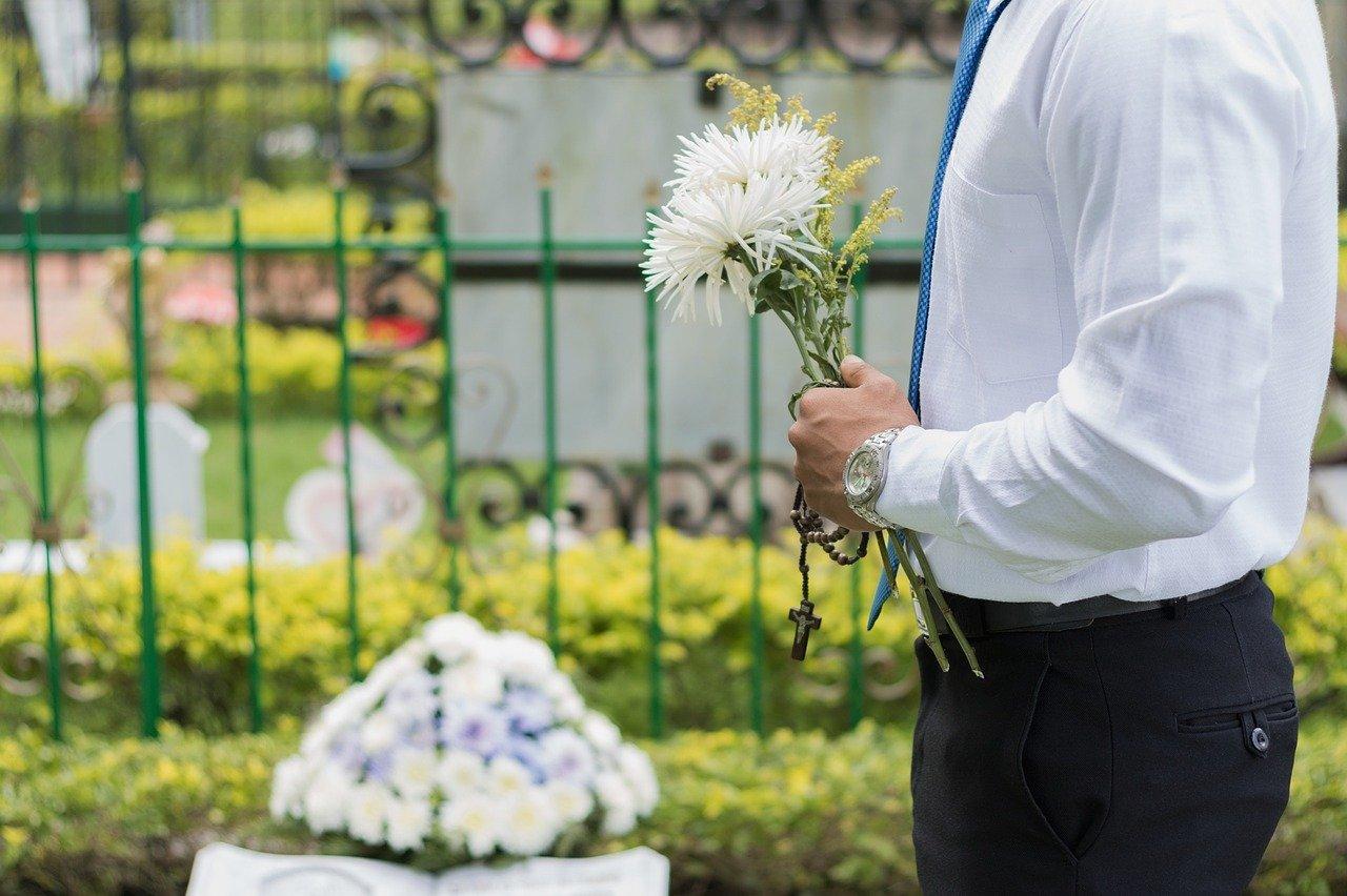 Tradițiile serviciilor funerare